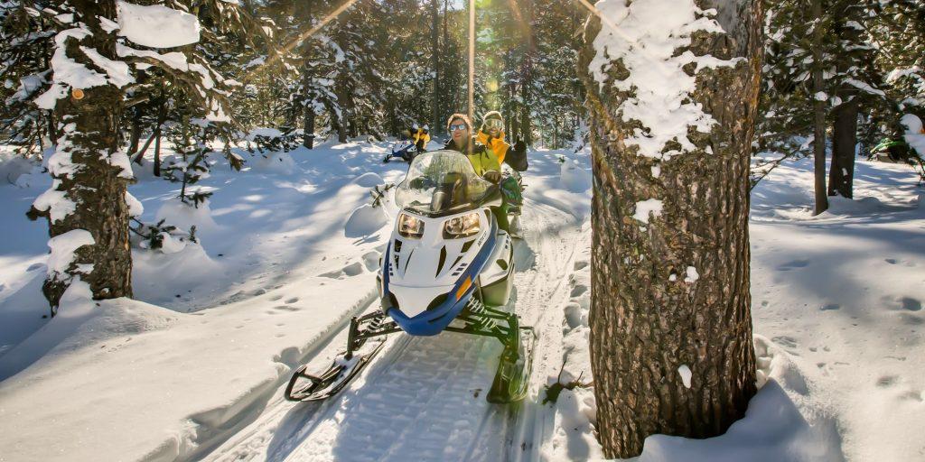 Experiencia conducción motos de nieve Valle de Arán